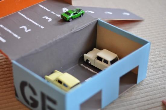 Ayakkabı Kutusunu Oyuncak Garaja Dönüştürme