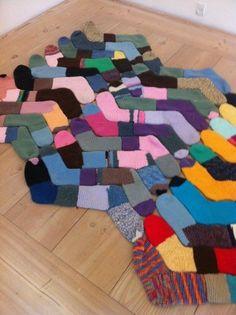 Eski Çoraplardan Kilim Yapımı