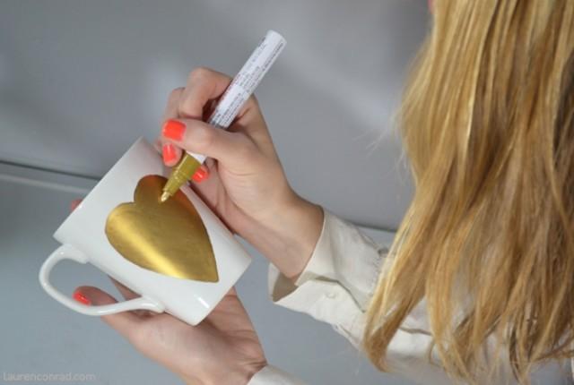 Altın Kalpli Kupa Tasarımı