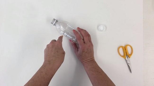Pet Şişeden Şirin Bir Gece Lambası Yapımı 1