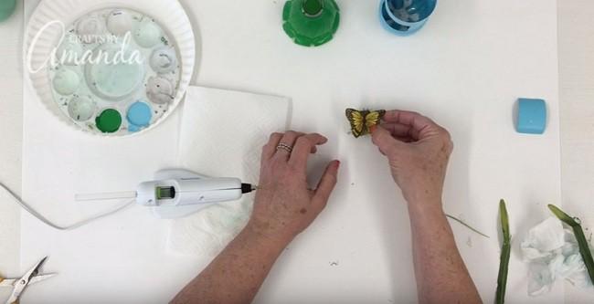 Pet Şişeden Şirin Bir Gece Lambası Yapımı 14