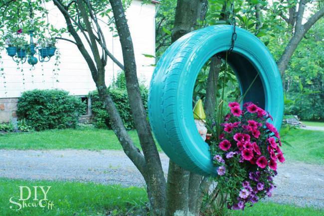 Araba Lastiğinden Çiçek Dikimi Projesi