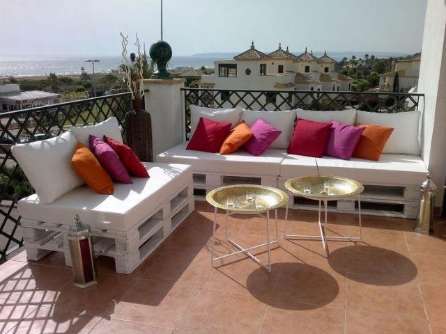 Paletlerden yap lm 12 adet kanepe ve koltuk tak mlar for Casa de muebles usados en montevideo
