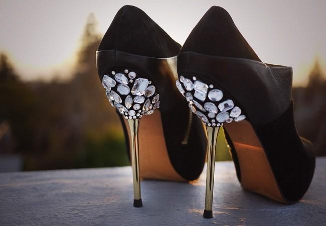 Taşlar ile Ayakkabı Yenileme