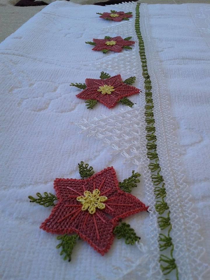 Ağır iğne oyası çiçekli havlu kenarı