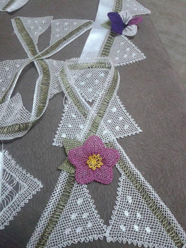 Çiçek motifli havlu kenarı danteli