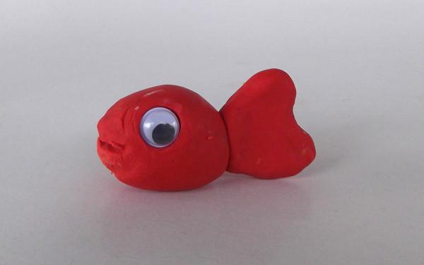 Oyun hamurundan balık yapımı 6