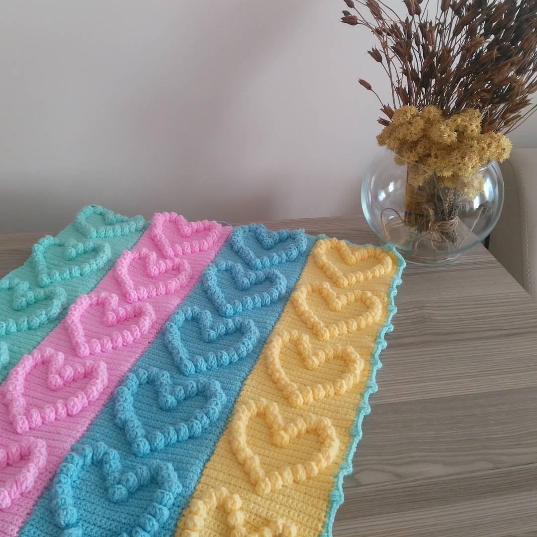 Yenidoğan bebek örgü battaniye