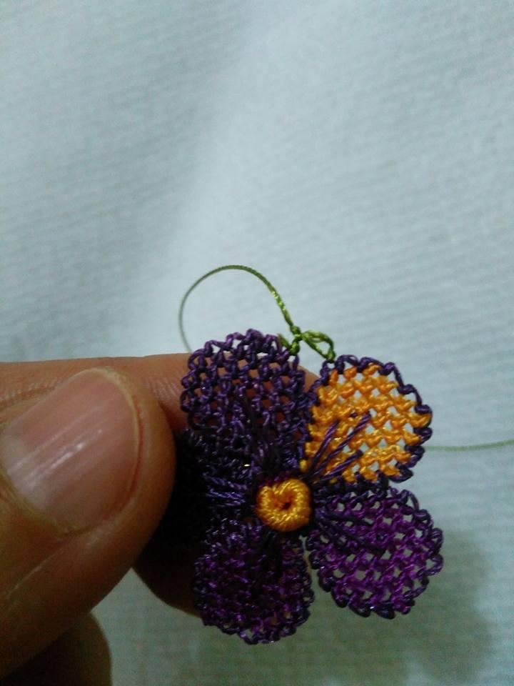 Menekşe çiçeği oyası yapılışı 22