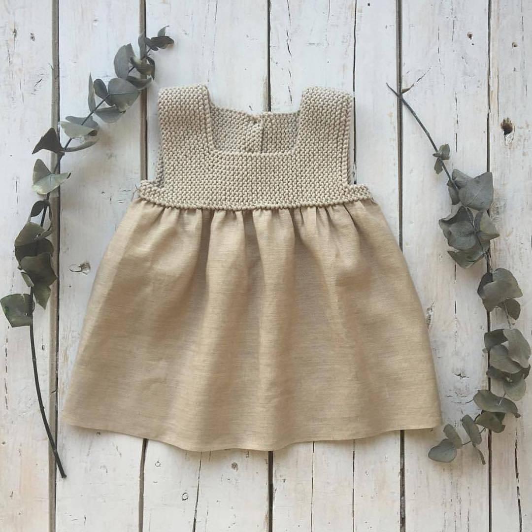El yapımı bebek elbisesi