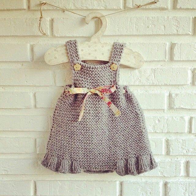 El yapımı bebek kostümü