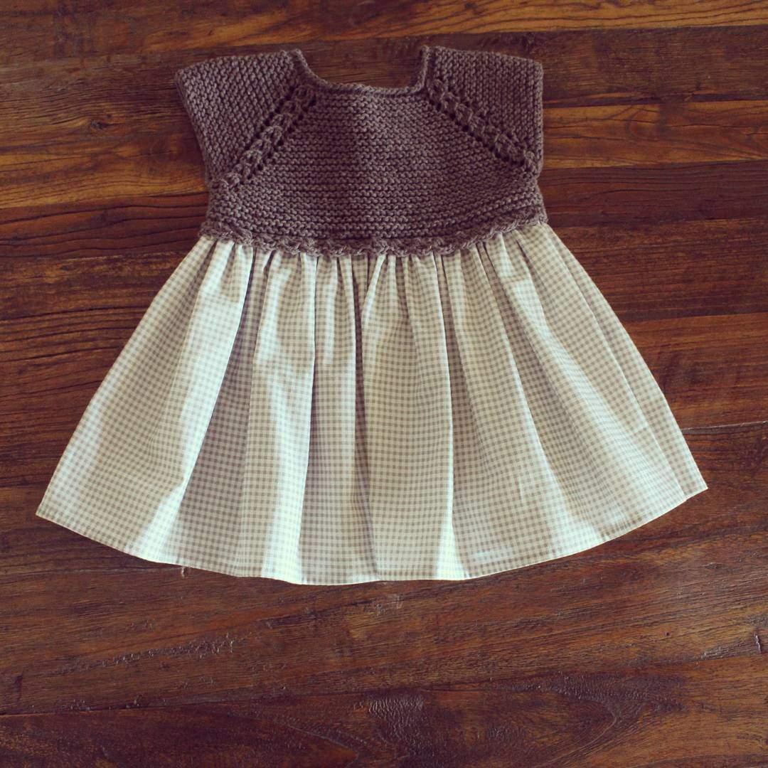 Miniklere örgü elbise