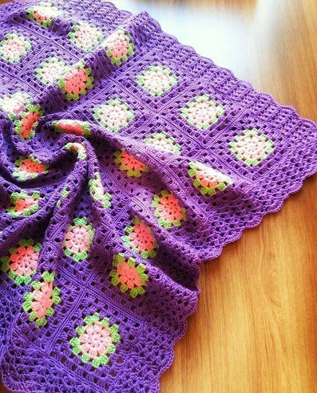 Mor sevenlere örgü bebek battaniye modeli