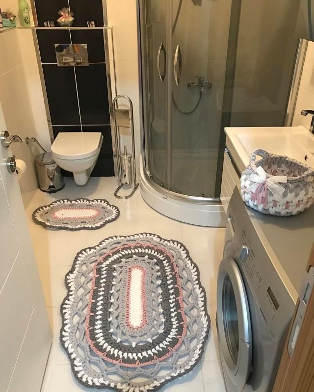 Örgü banyo paspası