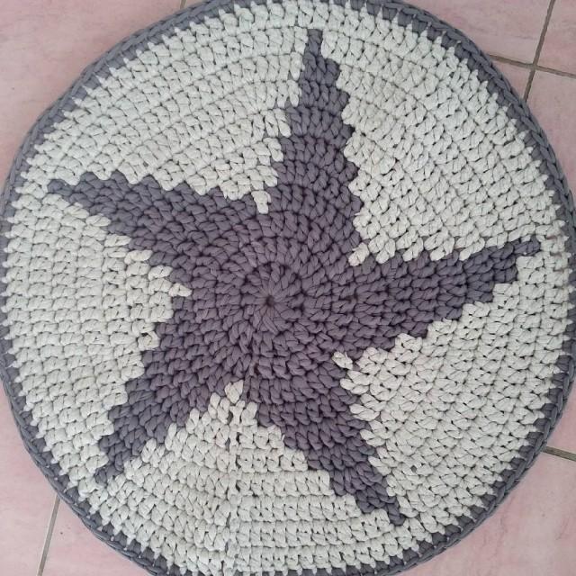 Yıldız örgü paspas örneği